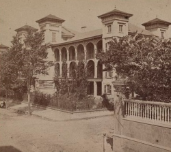 Roper Union Army Hospital, Charleston, South Carolina (1865, U.S. Library of Congress, public domain).