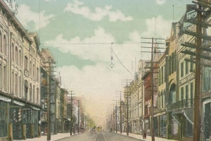 South Main Street, Wilkes-Barre, Pennsylvania as seen from Public Square, c. 1906 (public domain).