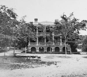 Robert Barnwell Rhett's Home, Beaufort, South Carolina (circa 1860s, U.S. Library of Congress, public domain).